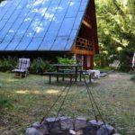 Pohled zepředu - vstup do chaty (1)